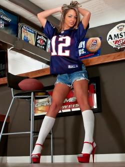 Busty Bombshell Nextdoor Nikki aka Nikki Sims - Super Bowl Pick