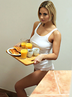 Cayla, Nathaly, Katy Rose - Breakfast with Hot Lesbian Sex